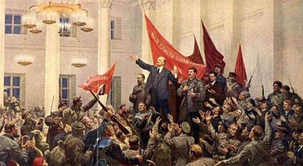 1919年3月,列寧領導成立第三國際,總部位於蘇聯莫斯科。
